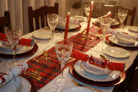 preparazione tavola natalizia idee per la tavola di natale