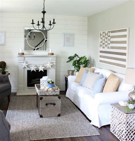 americana living room ideas coastal decor on bedroom retreat house of turquoise and coastal bathrooms