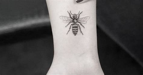 needle queen tattoo a solitary bee tattoo finally leaf cutter bee