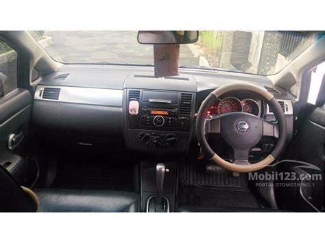 Sparepart Nissan Latio jual mobil nissan latio 2008 c11 1 8 di banten automatic