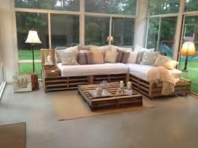 holzpaletten sofa decora 231 227 o paletes e caixotes de feira ideias incr 237 veis