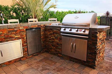 Outdoor Kitchen Furniture 3 types of outdoor kitchens which one should you choose