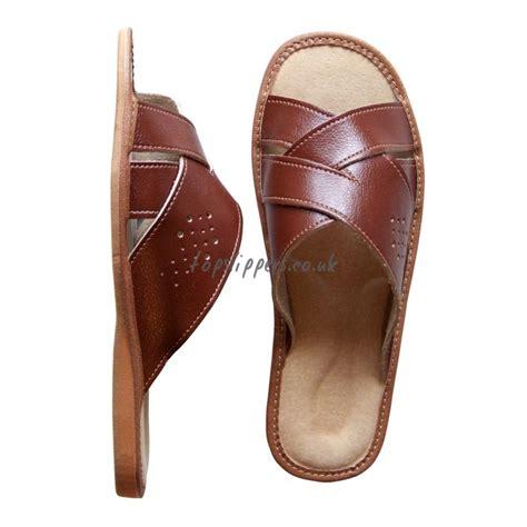 mens open toe house slippers mens open toe house slippers 28 images mens open back