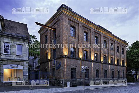 blaues haus bayreuth fabrikgeb 228 ude dammallee 1 bayreuth architektur bildarchiv
