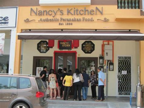 Nancy S Kitchen by Queue Outside Picture Of Nancy S Kitchen Restaurant Melaka Tripadvisor