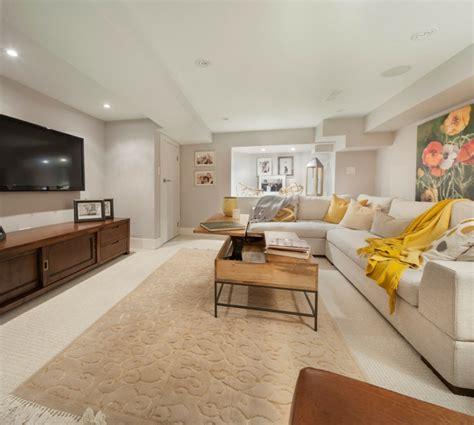 rustikale möbel wohnzimmer rustikaler couchtisch couchtisch rustikal teak with