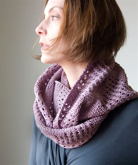 canaletto cowl tricksy knitter by megan goodacre