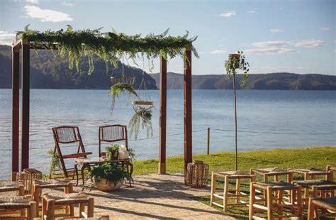 18 Beach wedding venues Sydney 'digs'   Easy Weddings