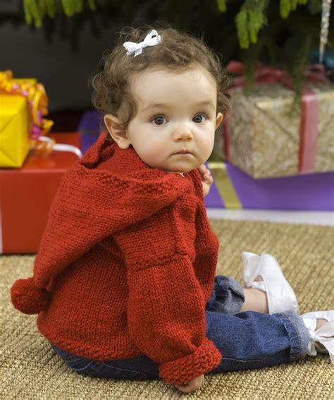 baby hoodie knitting pattern free baby s pullover hoodie knitting pattern