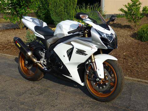 on motor bikes 10 tips to sell a motorbike quickly biker and bike