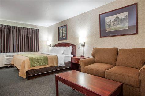 comfort inn story city comfort inn 174 story city ia 425 timberland 50248
