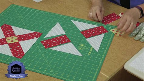 Patchwork Designs Patches - quilting quickly strawberry patch patchwork design