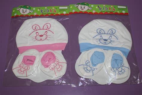 Topi Joshua Dan Kaos Kaki belanja lagi keperluan bayi 3 hallo diana