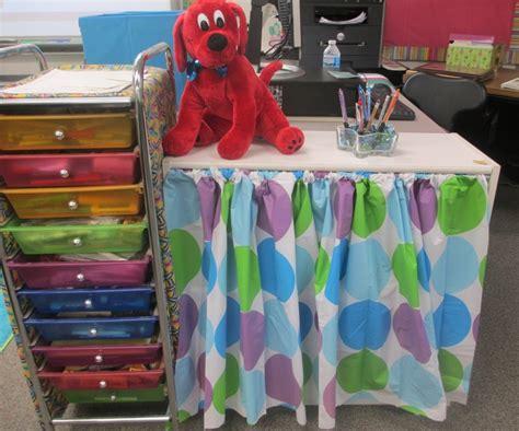 classroom curtain ideas classroom setup three hours and done scholastic com