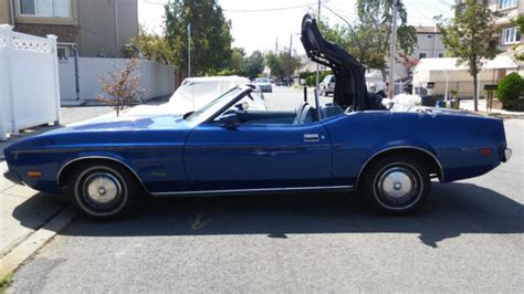mustang convertible  cleveland          sale