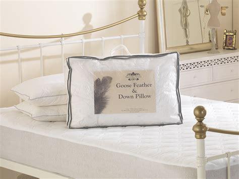 allergic reaction to feather pillows anti allergy white goose feather and cotton