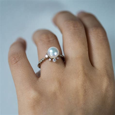 Pearl Ring by Winter Pearl Ring Catbird