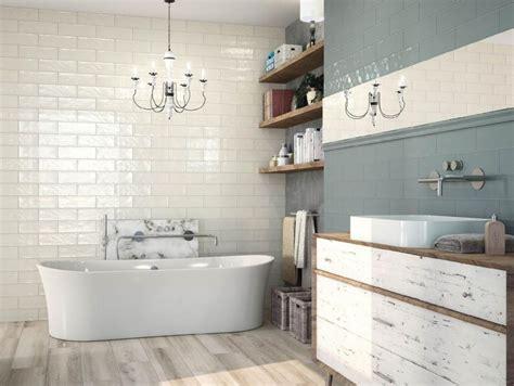 Deco Salle De Bain Retro 1704 by Jak Z Mal 233 Koupelny Vykouzl 237 Te Zd 225 Nlivě Větš 237
