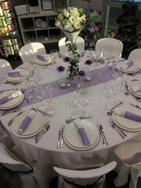 decorations de table les 25 meilleures id 233 es de la cat 233 gorie mariage mauve sur