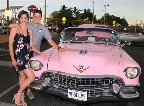 elvis 1955 pink cadillac model pink cadillac and elvis airport photo tours vegas