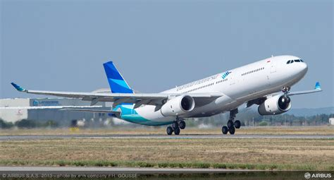 indonesia mulls allowing foreign carriers  fly
