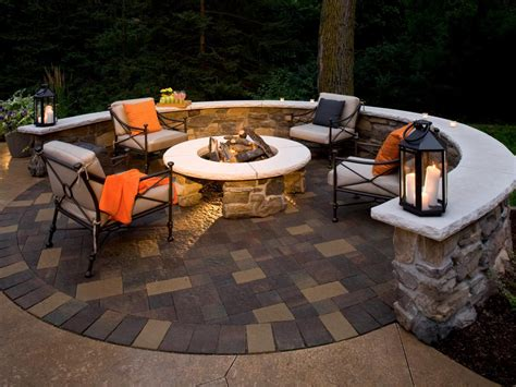 Outdoor Patio Firepit Surrounded By Look Closely And You Ll See This Pit S Design Is A Bit The