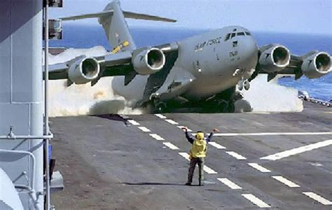u s military aircraft in quot the boeing c 17 globemaster iii is a large military transport aircraft developed for the