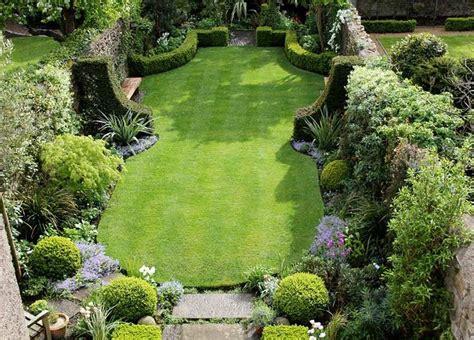small walled gardens best 25 formal gardens ideas on formal garden