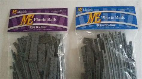 Hello R88 biete me models rail tracks 2x r88 und 2x r104 lego bei
