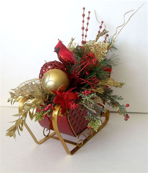 sleigh centerpieces 269 best images about decor on white