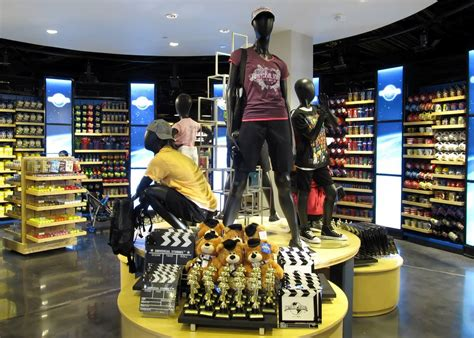 shopping and merchandise at universal orlando complete