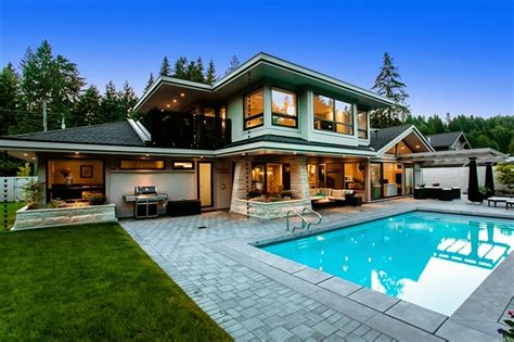 architecture what is the great luxury modern home with luxury real estate market in upswing in major canadian