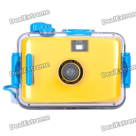 Lomo Waterproof Type 35mm Yellow 35mm lomo w waterproof casing yellow free shipping dealextreme