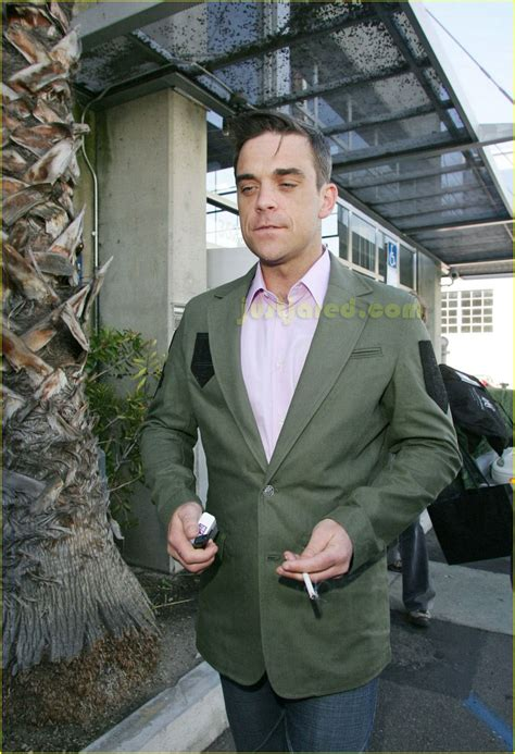 Robbie Williams In Rehab by Robbie Williams Pulls A Photo 2416129 Robbie