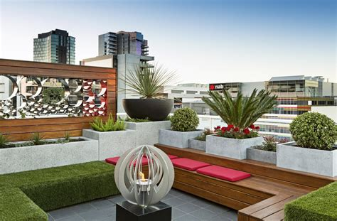 landscaping backyard rooftop garden docklands penthouse paal grant designs in landscaping