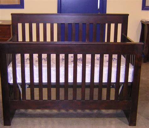 Hubbard Cribs by Hubbard S Cupboards Recalls Cribs Due To Fall