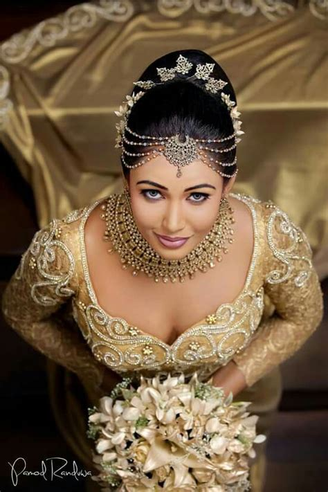 hair styls for sri lanken hair 387 best images about sri lankan brides and bridesmaids on