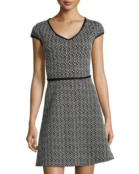 Donela Dress No 180 max studio jacquard cap sleeve v neck dress black white