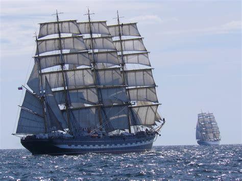 imagenes de barcos antiguos y modernos antiguedad vs actuaidad vs futuro taringa