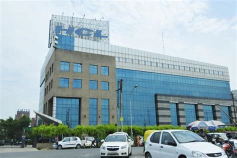 In Hcl Noida For Mba Marketing by Hcl Infosystems Is The Sum Of Parts Greater Than The