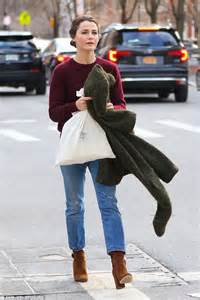keri russell ellen keri russell looks chic while on the move in new york city