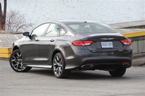 chrysler 200s review chrysler 200s awd a mid size with wheels ca