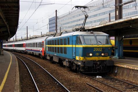 sbb wagen ein erster klasse schnellzugwagen der bls l 246 tschbergbahn