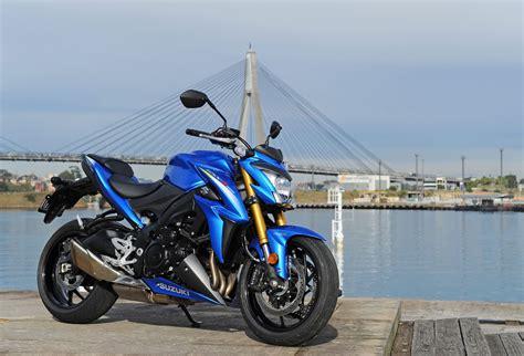 review  suzuki gsx  bike review