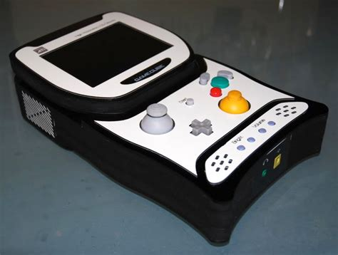 game gear console mod game cube portable reaffirms our love of console mods