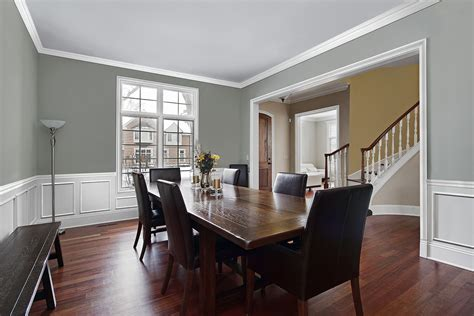 Dining Room White Moulding White Wainscot Baseboard Trim Iowa Remodels