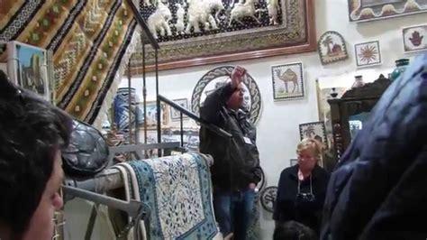 tappeti tunisini la produzione di un tappeto tunisino