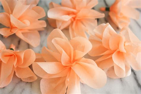 How To Make Tissue Paper Flower Garland - a fabulous fete paper flower garland diy crafted recap