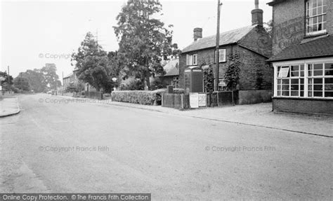 breachwood green the post office chapel road c 1965