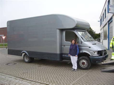 Wohnmobil Lackieren Lassen Kosten by Iveco Wohnmobil Neulackierung Cer Care Aufbau